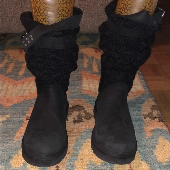 Ugg Fold-over Boots! Worn once and very warm!